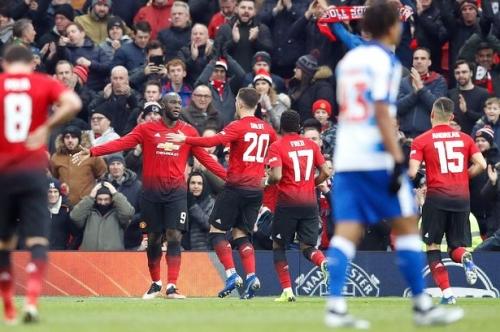 Manchester United player ratings vs Reading: Sergio Romero and Marcus Rashford impress