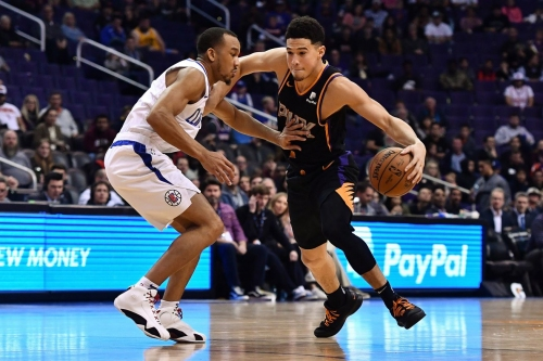 Center of the Sun:Suns record stands at 9-32 at the midway point of the season