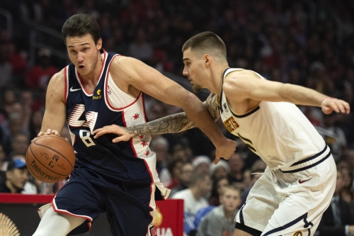 Clippers face Nuggets hoping to have righted their ship