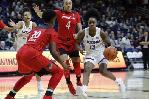 Women's Basketball Falls Hard to UConn, 82-38