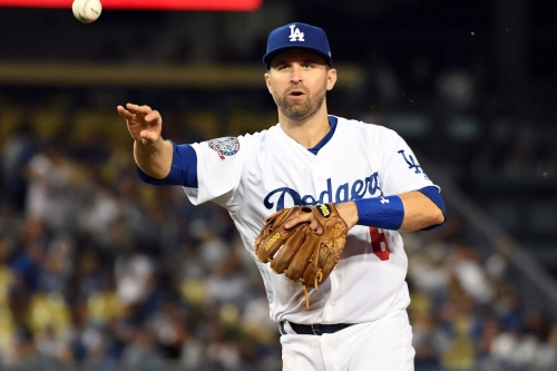 Washington Nationals reportedly sign Brian Dozier to 1-year/$9M deal...