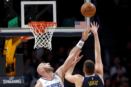 Clippers can't slow Nikola Jokic in loss to Nuggets