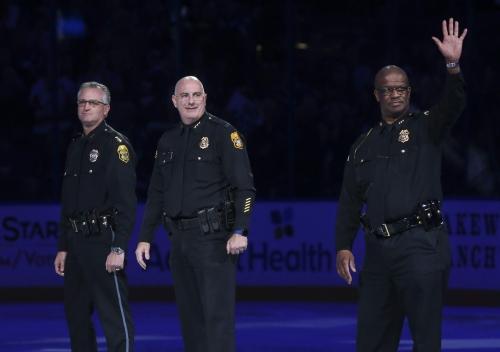 Lightning-Hurricanes: Rewinding Tampa Bay's win on Law Enforcement Appreciation Night