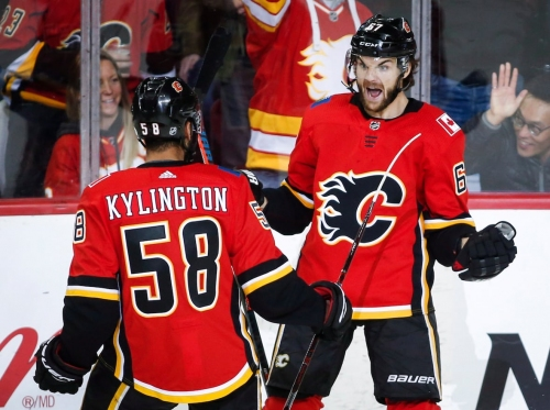 Frolik sparks red-hot Flames in comeback victory over Panthers