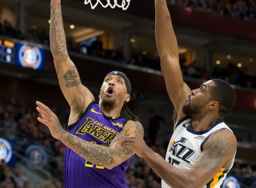 Lakers News: Michael Beasley To Undergo X-Rays After Injuring Hand In Loss To Jazz