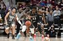 Bearcats Outlast UConn in Thrilling 74-72 OT Win