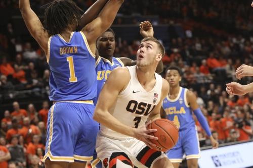Kylor Kelley, balanced Oregon St. beat UCLA men's basketball