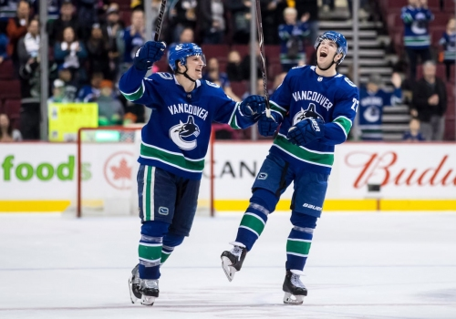Canucks hand Luongo, Panthers 6th straight loss