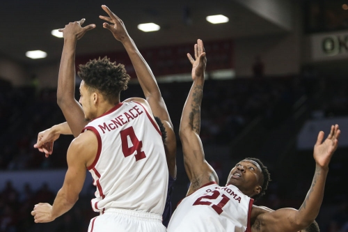 OU men's basketball: Sooners move up to No. 20 in AP Poll