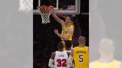 Lakers knock off lowly Bulls for much-needed win