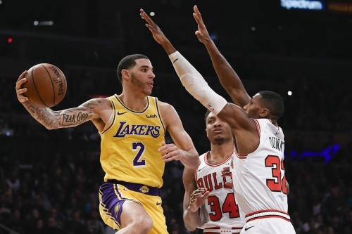 Bulls drop 8th straight with ugly 107-100 loss to Lakers
