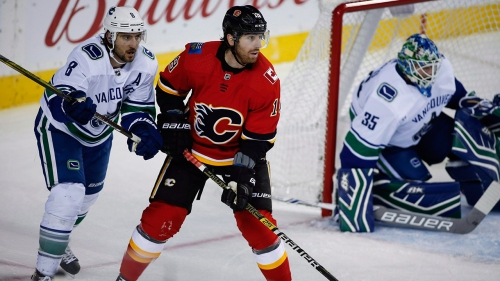 Flames winger James Neal to miss game vs. Sabres with illness