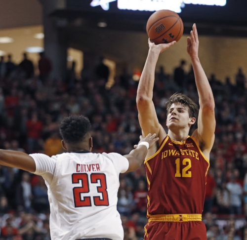 Iowa State hands No. 8 Texas Tech 1st Big 12 loss, 68-64