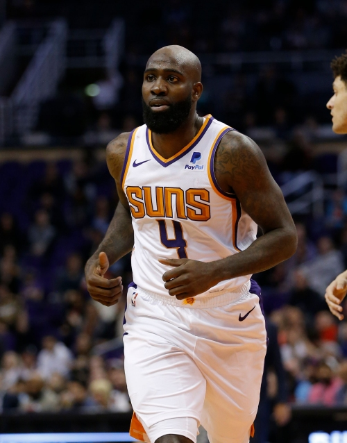 Quincy Acy scores one point, Suns sign him to a second 10-day contract