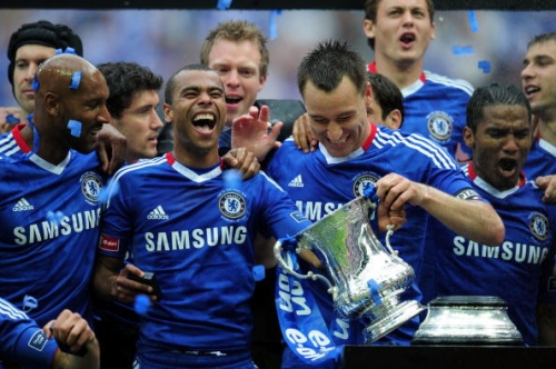 Frank Lampard offers fellow Chelsea legend Ashley Cole Derby County deal
