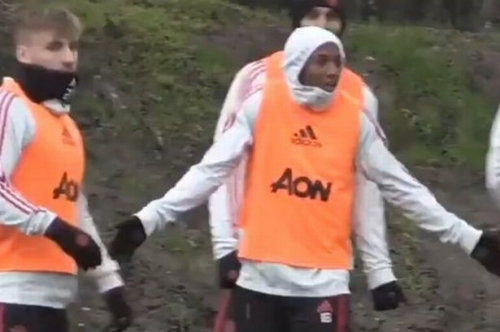 Ashley Young launches huge training ground rant at Manchester United teammates