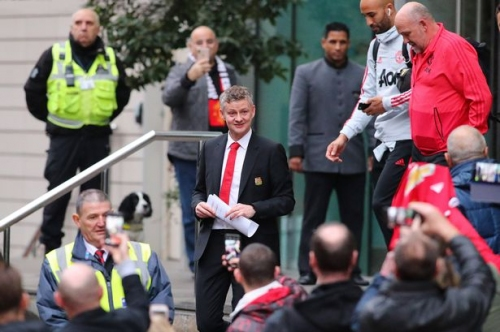 Manchester United manager Ole Gunnar Solskjaer reveals plans to leave The Lowry Hotel