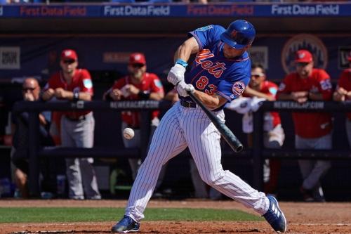 Mets invite thirteen minor leaguers to major league spring training