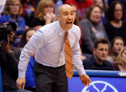 Shaka Smart, Texas looking for something more after 3 consecutive losses by a combined 11 points