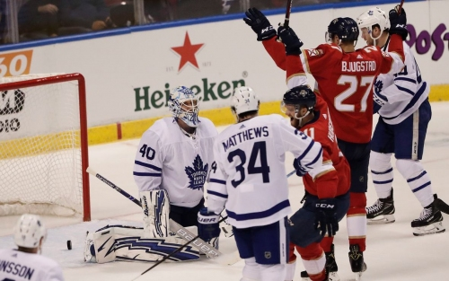 Panthers snap 7-game losing streak with win over Leafs