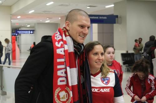 FC Dallas' Ondrasek arrives; welcomed by fans