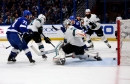 Lightning cruises to win over the Sharks