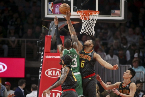 Hawks flounder down the stretch in 113-105 loss to Celtics