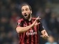 """Gonzalo Higuain dropped by AC Milan amid Chelsea """"rumours"""""""