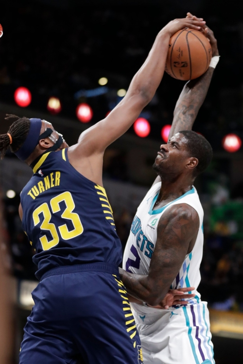 Victor Oladipo shows signs of exiting slump as Pacers repay Hornets