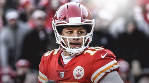 Video: Chiefs' Patrick Mahomes connects with Damien Williams with fourth-quarter touchdown vs. Patriots