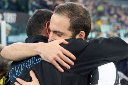 Gonzalo Higuain's move to Chelsea still 'up in the air', says AC Milan assistant manager