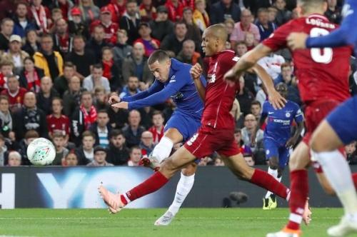 Chelsea star Eden Hazard on the prospect of joining Manchester United