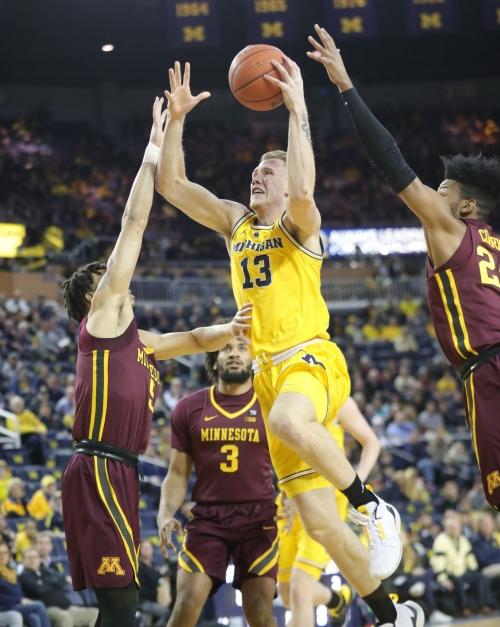 Ignas Brazdeikis' confidence pays for Michigan, despite shooting slump