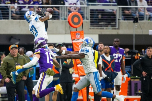 WATCH: Mic'd up Darius Slay talks trash about Kirk Cousins, others at Pro Bowl