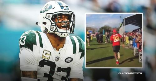 Jets safety Jamal Adams tackles Patriots mascot during Pro Bowl practice