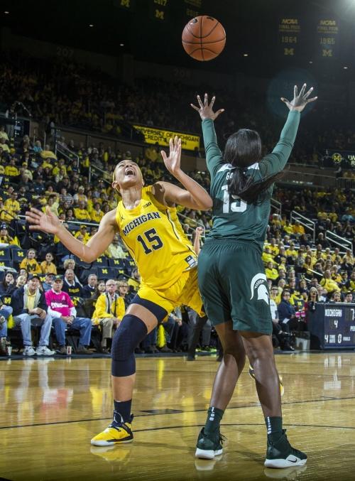 McCutcheon-led No. 23 Michigan St. women beat Michigan 77-73