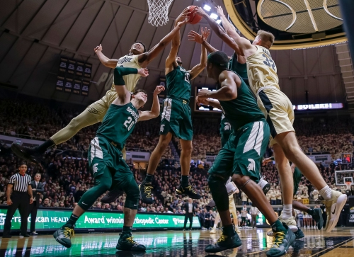 Michigan State basketball big men 'got their butts kicked' at Purdue
