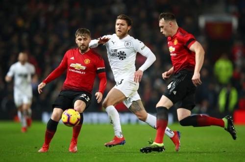 Manchester United fans make transfer demand after Burnley draw