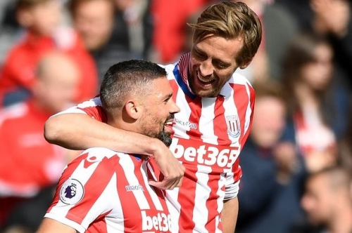 Deep joy for Stoke City old boy as Peter Crouch nears Burnley switch