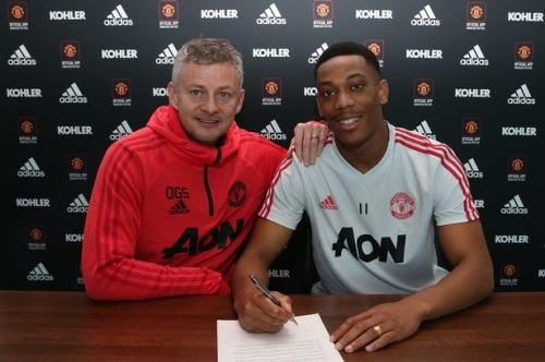 Manchester is Red podcast: Man Utd transfer deadline day special - Martial's contract and Farewell Fellaini