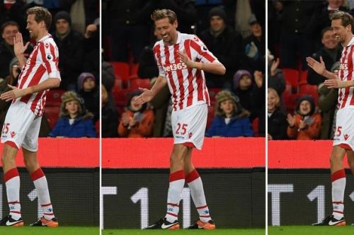 Stoke City transfer news: Sam Vokes joins as Peter Crouch heads out