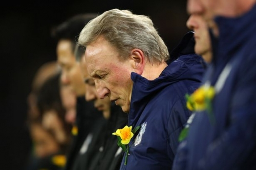 Cardiff City dismiss claims manager Neil Warnock is about to quit
