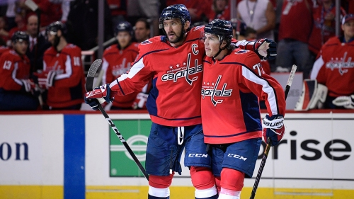 Oshie's dominant performance leads Capitals past Canucks