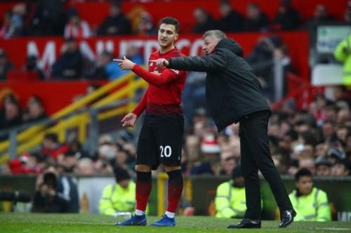 Manchester United fans make Ole Gunnar Solskjaer selection demand