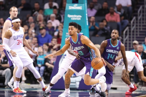 Hornets Look to Bounce Back Against New Mavs
