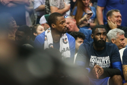 LeBron James sounds off on hypocrisy of NBA teams after Mavs' mid-game trade of Harrison Barnes