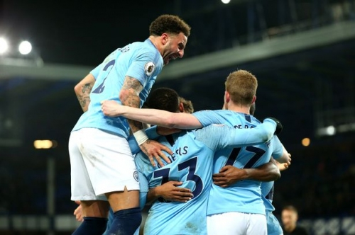 Man City could be about to do Manchester United a massive favour