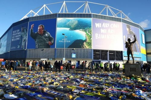 Sports law expert claims Cardiff City 'could be docked points' over Emiliano Sala transfer wrangle