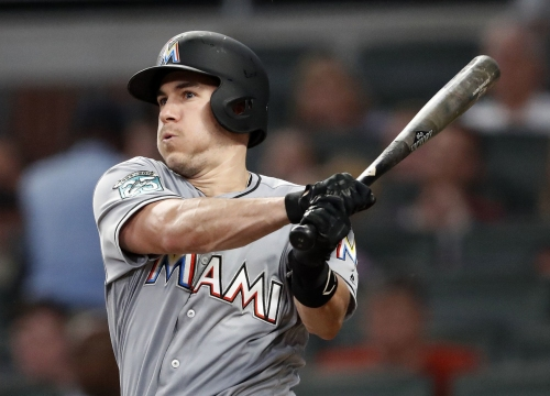 Realmuto traded from Marlins to Phillies for 3 players
