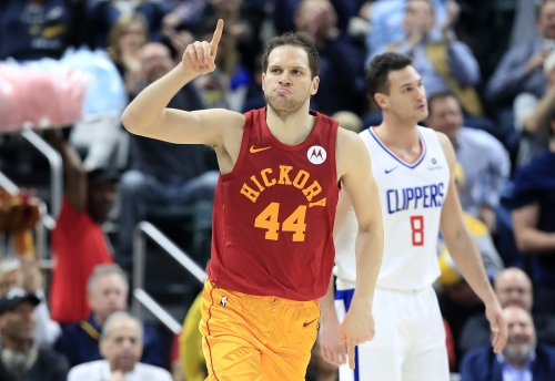 Short-handed Clippers can't keep up with Bojan Bogdanovic, Pacers
